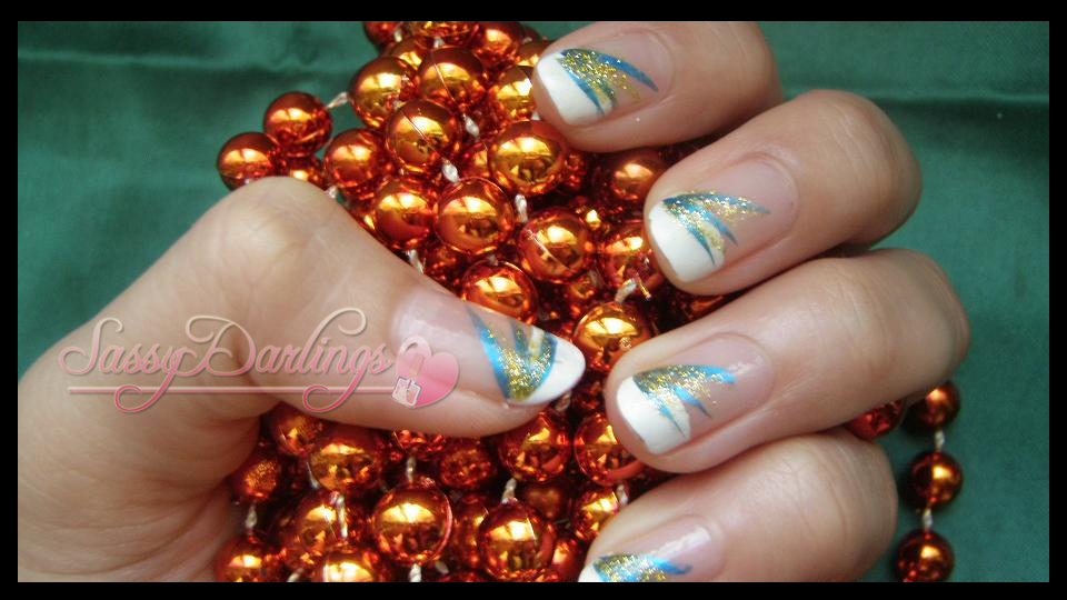 Nails Art: Blue And Yellow
