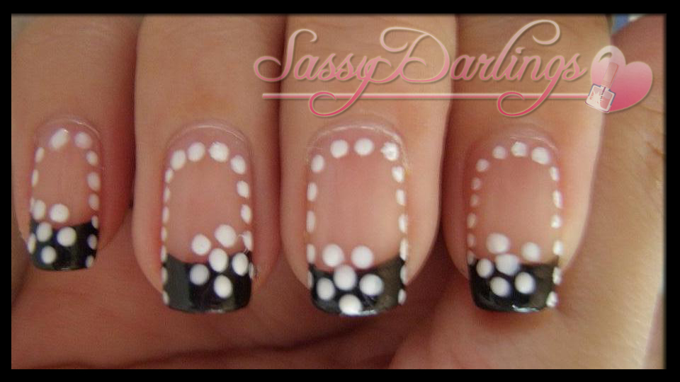 Nails Art: Black And White Flower Nail Art Tutorial