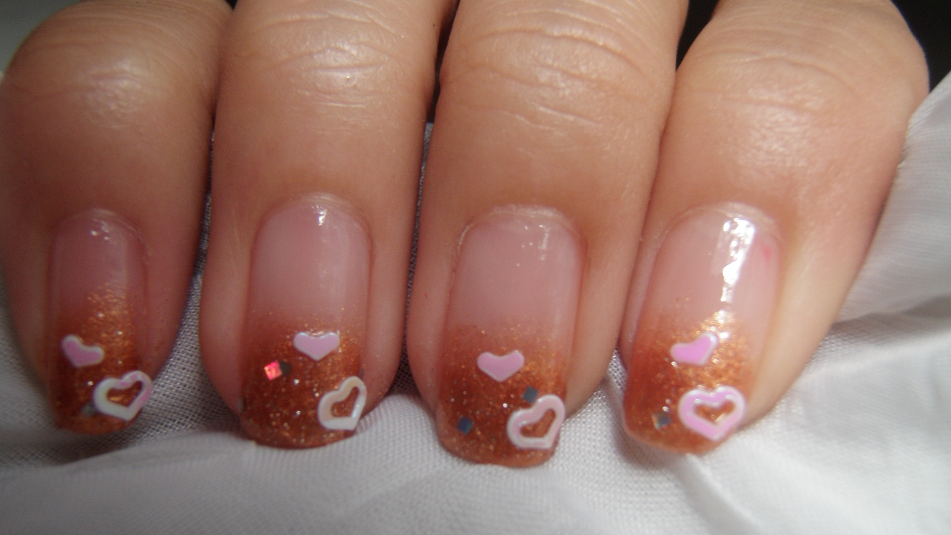 2NE1 CL\'s Fading Brown Nail Design   Nail Art Love