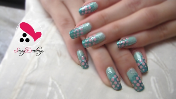 Gradient Blue and Pink Dots