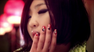 "minzy ""I love you"" MV"